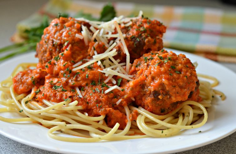 Quick and easy homemade spaghetti sauce with tomatoes, onions, garlic, basil and oregano. Add your favorite vegetables and use fresh herbs if you have them.
