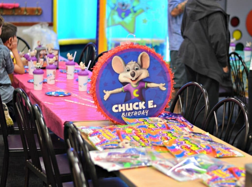 Chuck E Cheese's Birthday Party