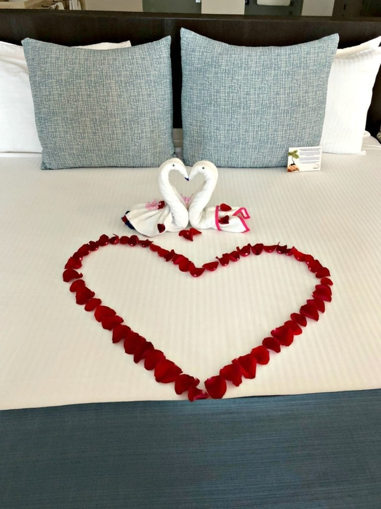 Anniversary Bed Cancun