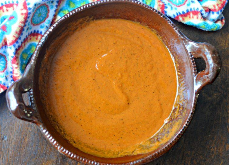 camarones a la diabla Mexican spicy shrimp completed salsa