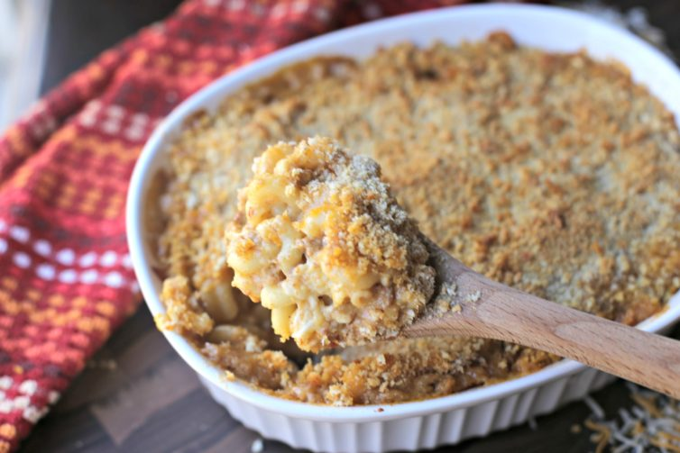 Picture of baked mac and cheese with chorizo